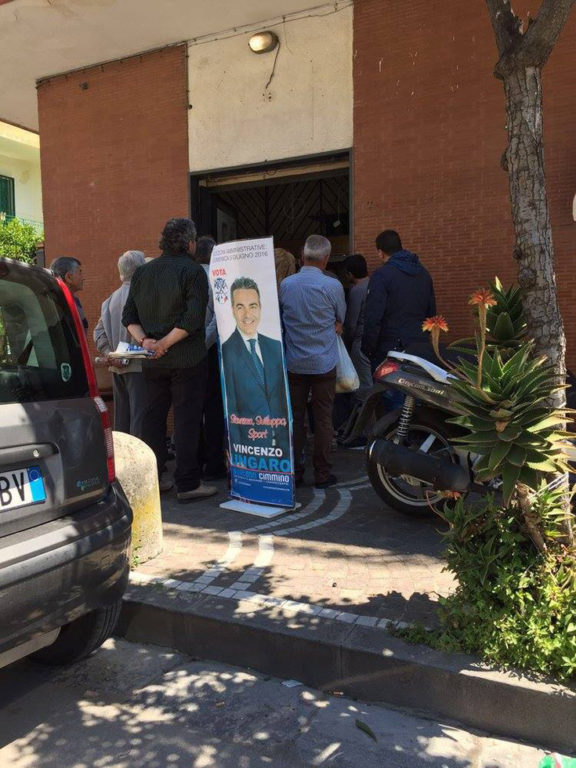 con Vincenzo Ungaro per incontrare i cittadini2
