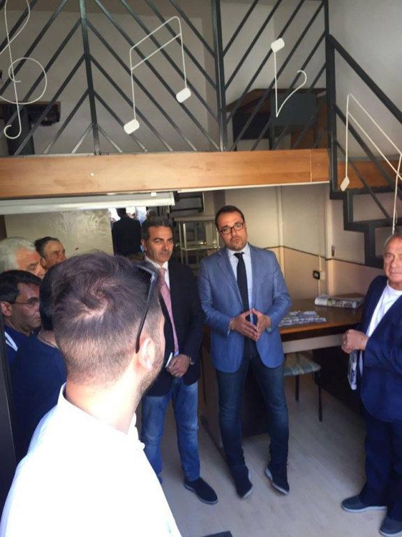 con Vincenzo Ungaro per incontrare i cittadini3