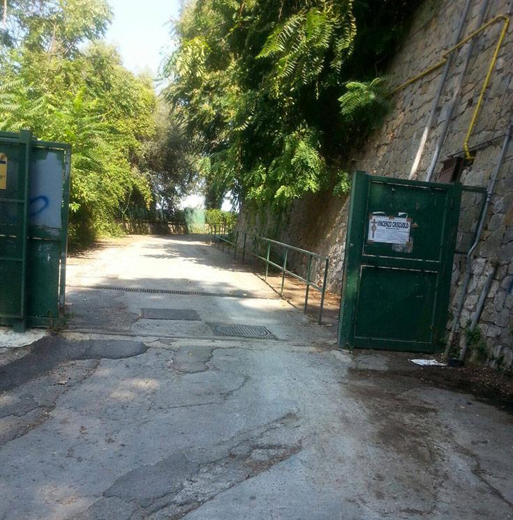 scuole di castellammare assessori non vedono discariche